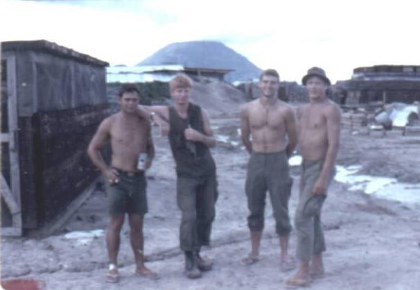 "Fort Wayne Kia >> 4th Bn. 9th Infantry ""Manchu"" Vietnam"